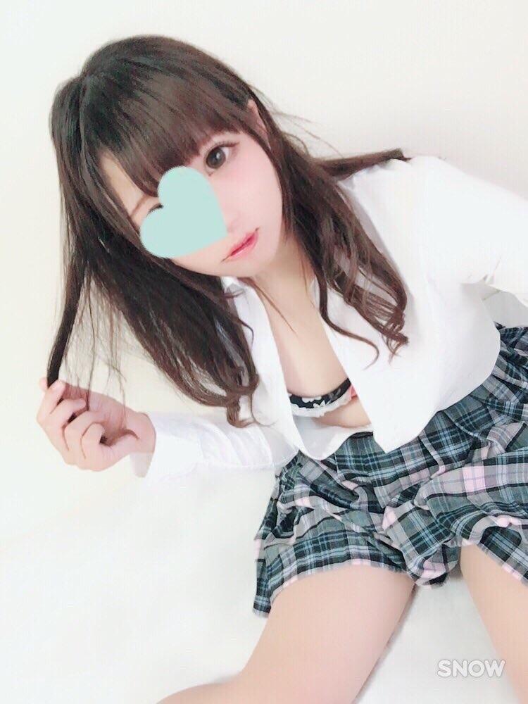 めちゃカワ美少女の自分撮りヌード画像 1