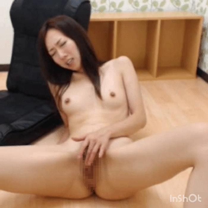 美人なお姉さんのマ○コどアップオナニー画像 6