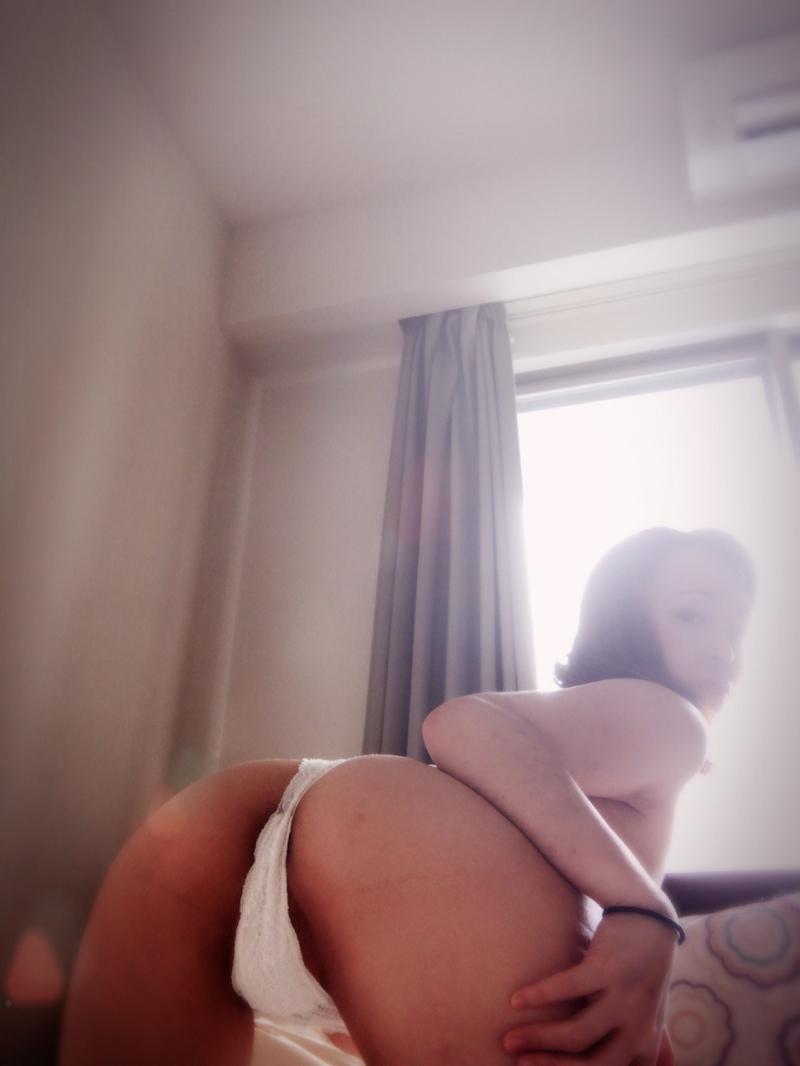 26歳素人女性の自分撮りマ○コ晒し画像 2