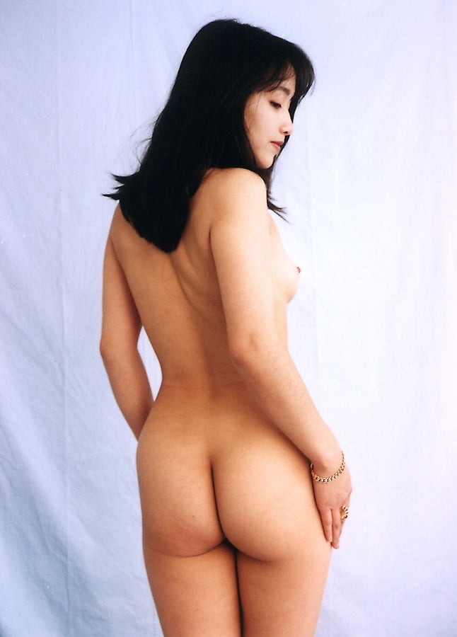 黒髪のきれいなお姉さんを個人撮影したヌード画像 5