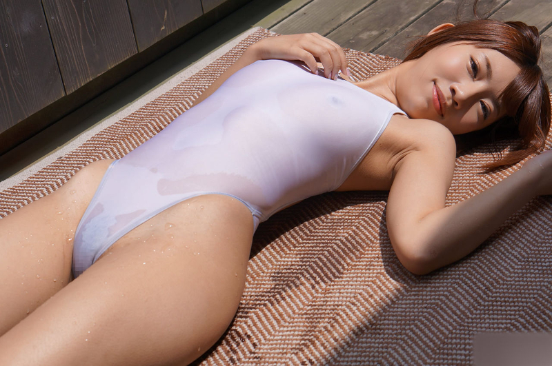 アイドル級美少女のスケスケ水着画像 1