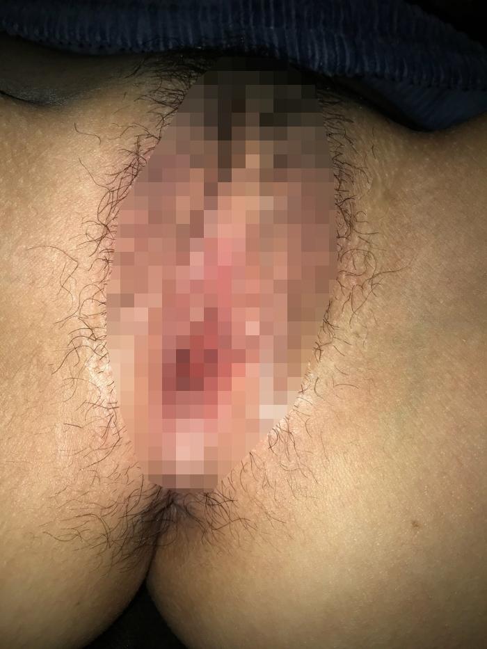 熟睡してるスレンダー美女に生ハメ中出ししてるハメ撮り画像 4