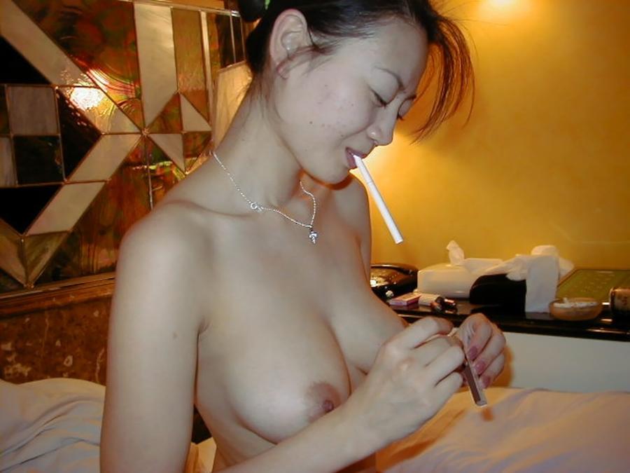 雪国の色白素人美女のプライベートヌード&セックス画像 10