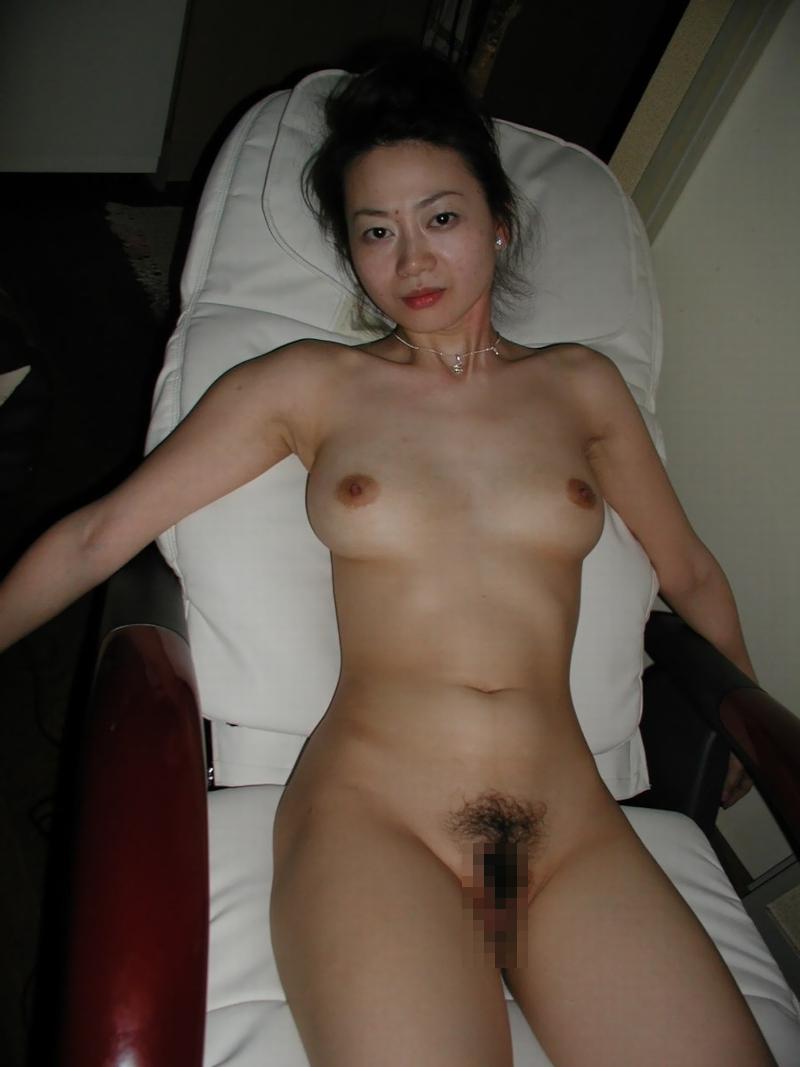 雪国の色白素人美女のプライベートヌード&セックス画像 15