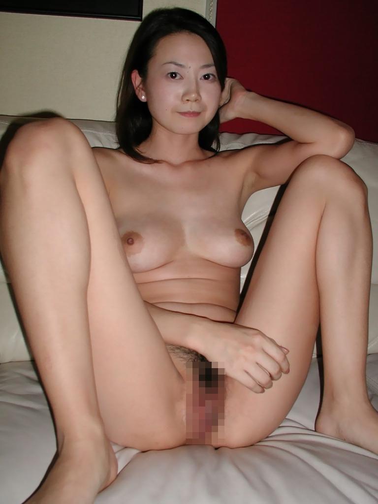 雪国の色白素人美女のプライベートヌード&セックス画像 17