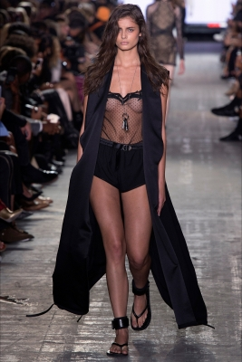 Taylor-Hill-020629 (3)