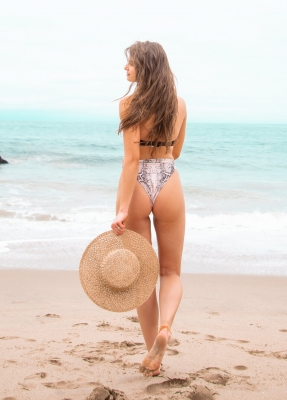 Taylor-Hill-020629 (8)