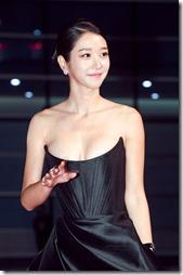 Seo Yeaji-021025 (4)