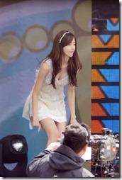 Yoona-021125 (2)