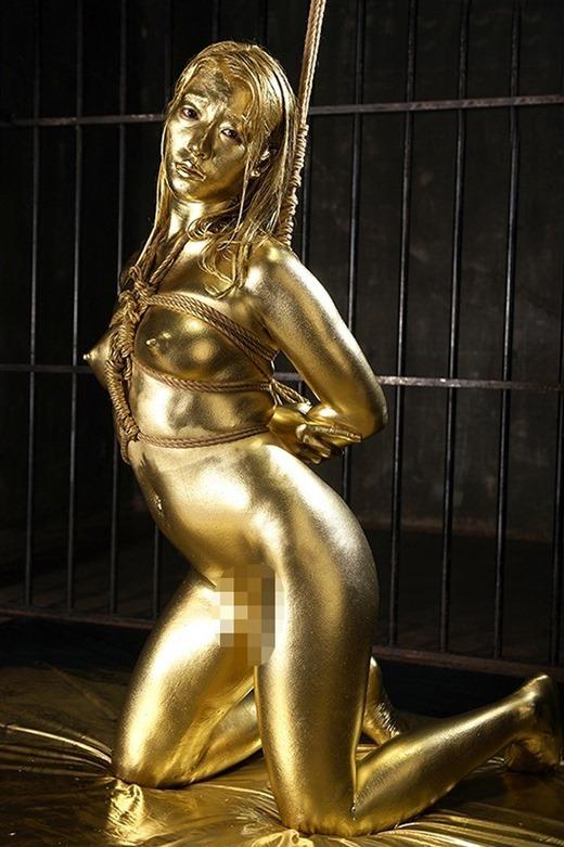 金粉ヌード画像 15