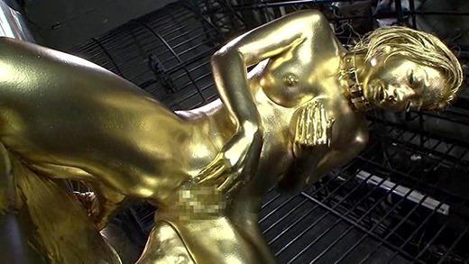 金粉ヌード画像 40