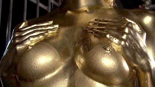 金粉ヌード画像 47