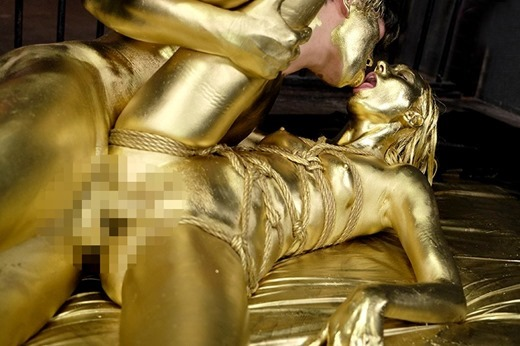 金粉セックス画像 27