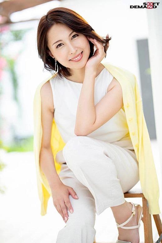 佐田茉莉子 02