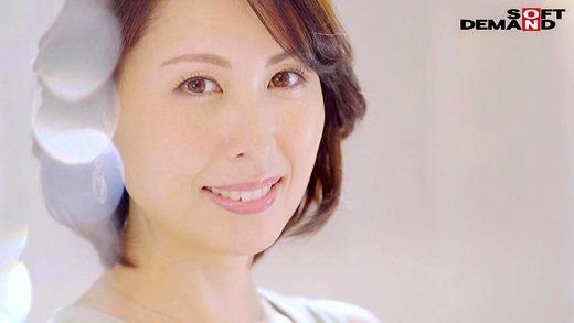 佐田茉莉子 04