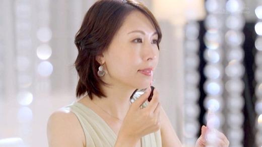佐田茉莉子 23