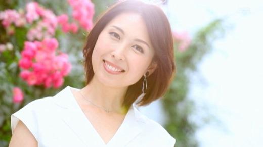 佐田茉莉子 46