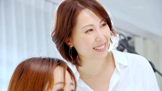 佐田茉莉子 58