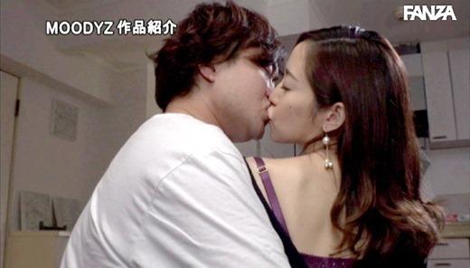 篠田ゆう 42