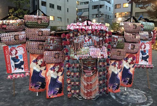 【朗報】アニメの缶バッジをゴージャスにするフレームが100円で販売され大人気に