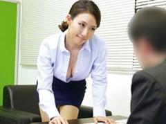 ダイスキ!人妻熟女動画 :肉食系の完熟生保レディがオフィスに乗り込み肉体接待! 水野優香