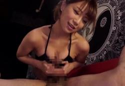 【痴女】欲求不満なガールズバー店員に襲われる手コキフェラチオ精液搾り!高美はるか2