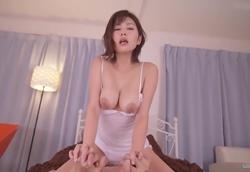 【主観】美人お姉ちゃんのおねだり痴女SEX!美乃すずめ【巨乳】2