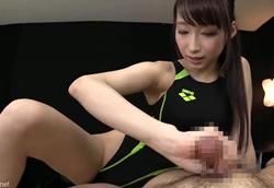 【痴女】競泳水着で誘惑 淫語責めフェラ手コキ!蓮実クレア2