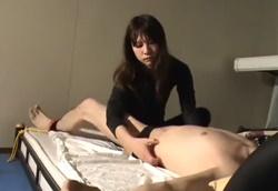クール系美人お姉様にひたすら擽り回される拘束拷問Mフェチ動画!1