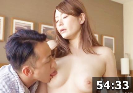 欲求不満な美人妻と浮気セックス